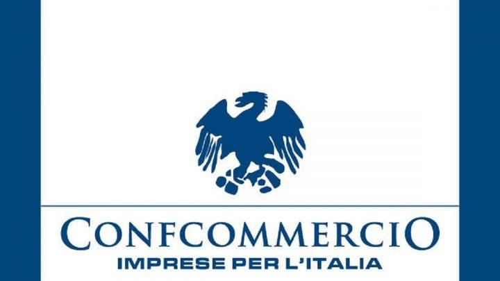 Consumi, rapporto Confcommercio: crollo del 31,7%