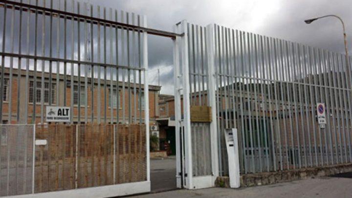 Mascherine prodotte nelle carceri: c'è anche Salerno