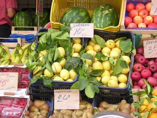 Campania terza in Italia per i rincari dei prezzi del cibo