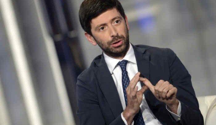 Covid, è ufficiale: la Campania resta in zona gialla