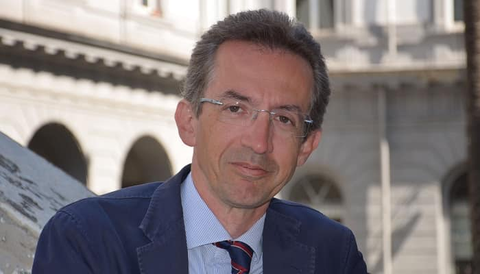 Università, Manfredi: «A settembre si torna in presenza al 50%»