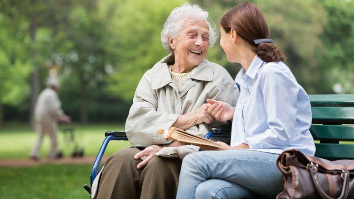 I Caregiver: quella categoria dimenticata durante il lockdown