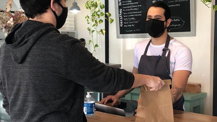 Covid-19, Campania: rettifica orario divieto vendita d'asporto