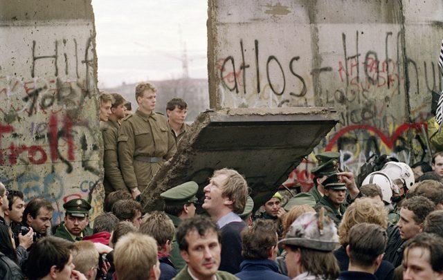 Trentun anni fa il crollo del Muro di Berlino