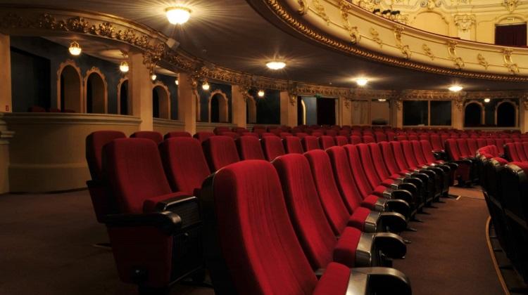 Le nuove misure per la riapertura di cinema e teatri
