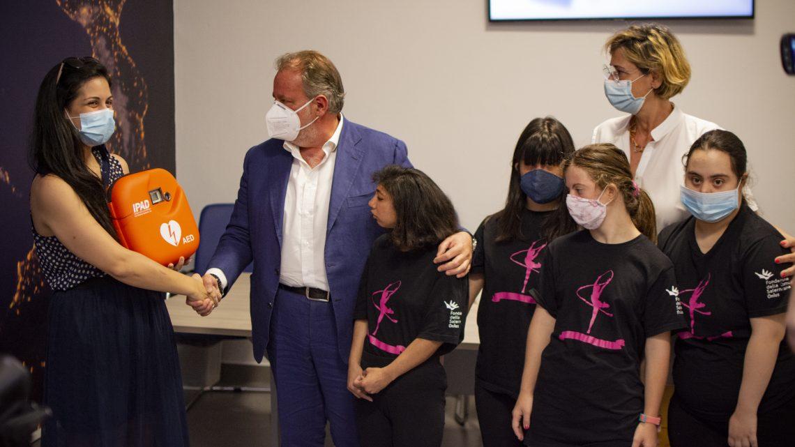 La Fondazione Picentia dona un defibrillatore all'Asd Popilia