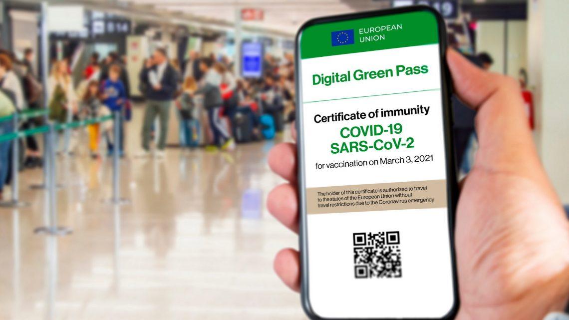 Green pass e restizioni, si attende il Consiglio dei Ministri